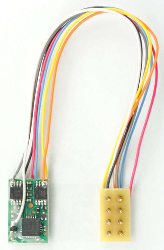 M1P 35 UKMicro 2 function decoder with 35harness 8 pin NMRA plug